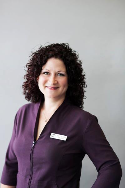 Sutherland Dental Group - Dr. Carolynn Oleksyn