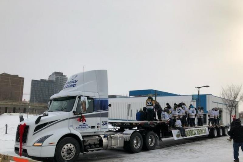 HUMBOLDT BRONCOS ON HORNOI LEASING TRAILER FOR PARADE