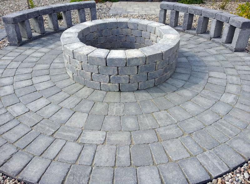 Circle Kit, Firepit and Seating