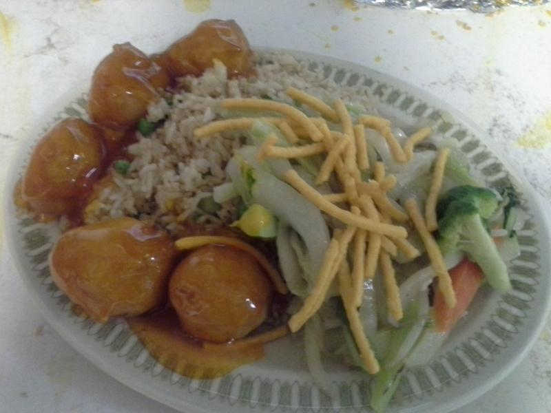 Uptown Cafe - Combo 2 (Chicken Fried Rice, Chicken Chow Mein, Sweet and Sour Chicken Balls)