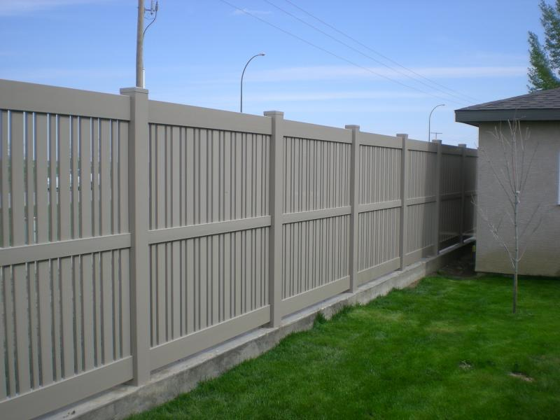 Semi Privated Adobe vinyl fencing