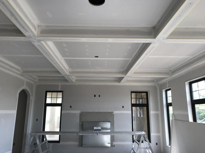 Beautiful ceiling & walls by Kelturn Drywall Ltd.