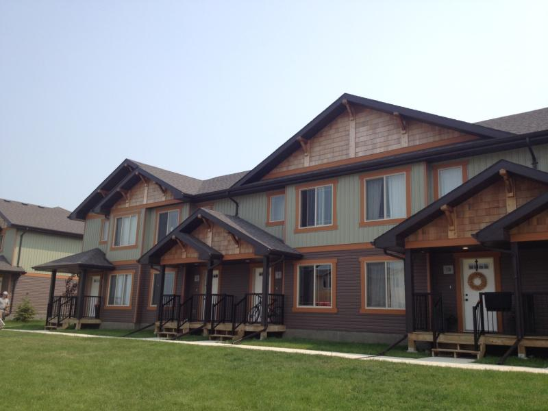 Aaron's Roofing - New roofs on townhouse style condos