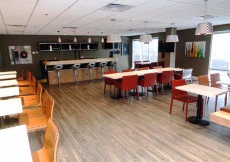 MainStay Suites Aerogreen Saskatoon lounge