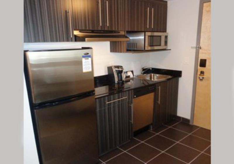 MainStay Suites Aerogreen Saskatoon kitchen