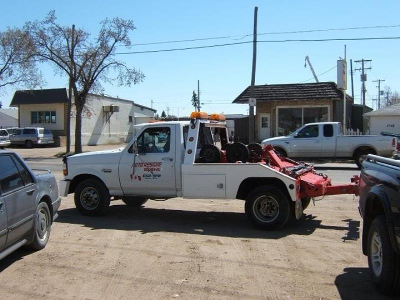 Auto Rescue Towing Vehicle